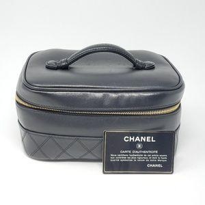 💯 Auth CHANEL Vanity/ Cosmetic Bag